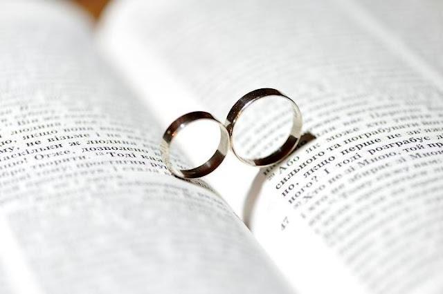 Весільні обручки - фото Юри Зелененького, Україна