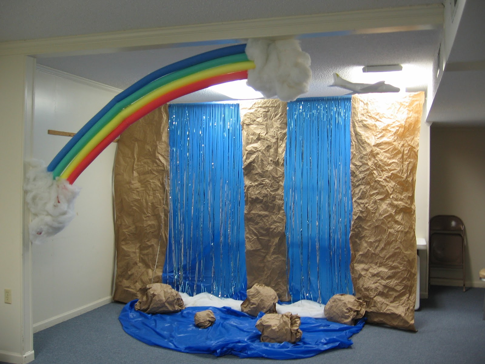 Pinterest vbs everest decorating ideas just b cause for Decorated bible