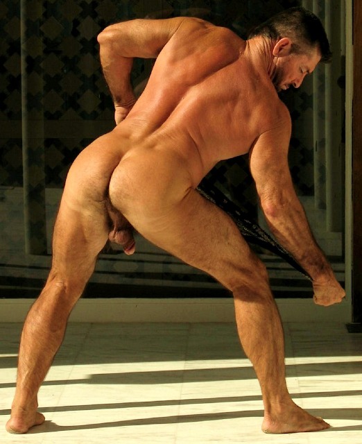 Naked male bulges