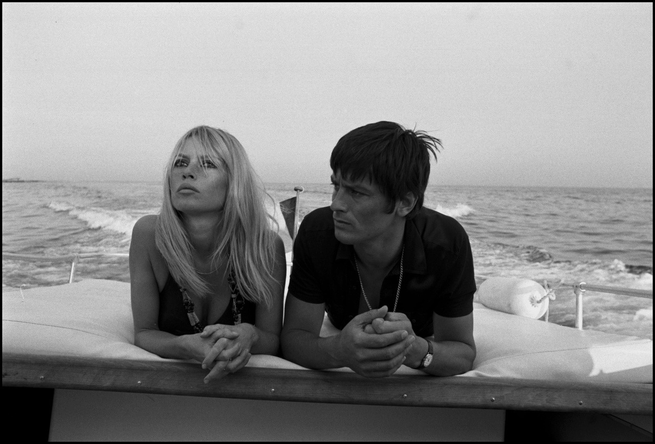 http://3.bp.blogspot.com/-6edn96xtuLI/TgyD9WRFvWI/AAAAAAAAIQA/sijMatepYdI/s1600/Alain+Delon+et+Brigitte+Bardot.jpg