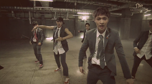 lay exo growl mv screencap