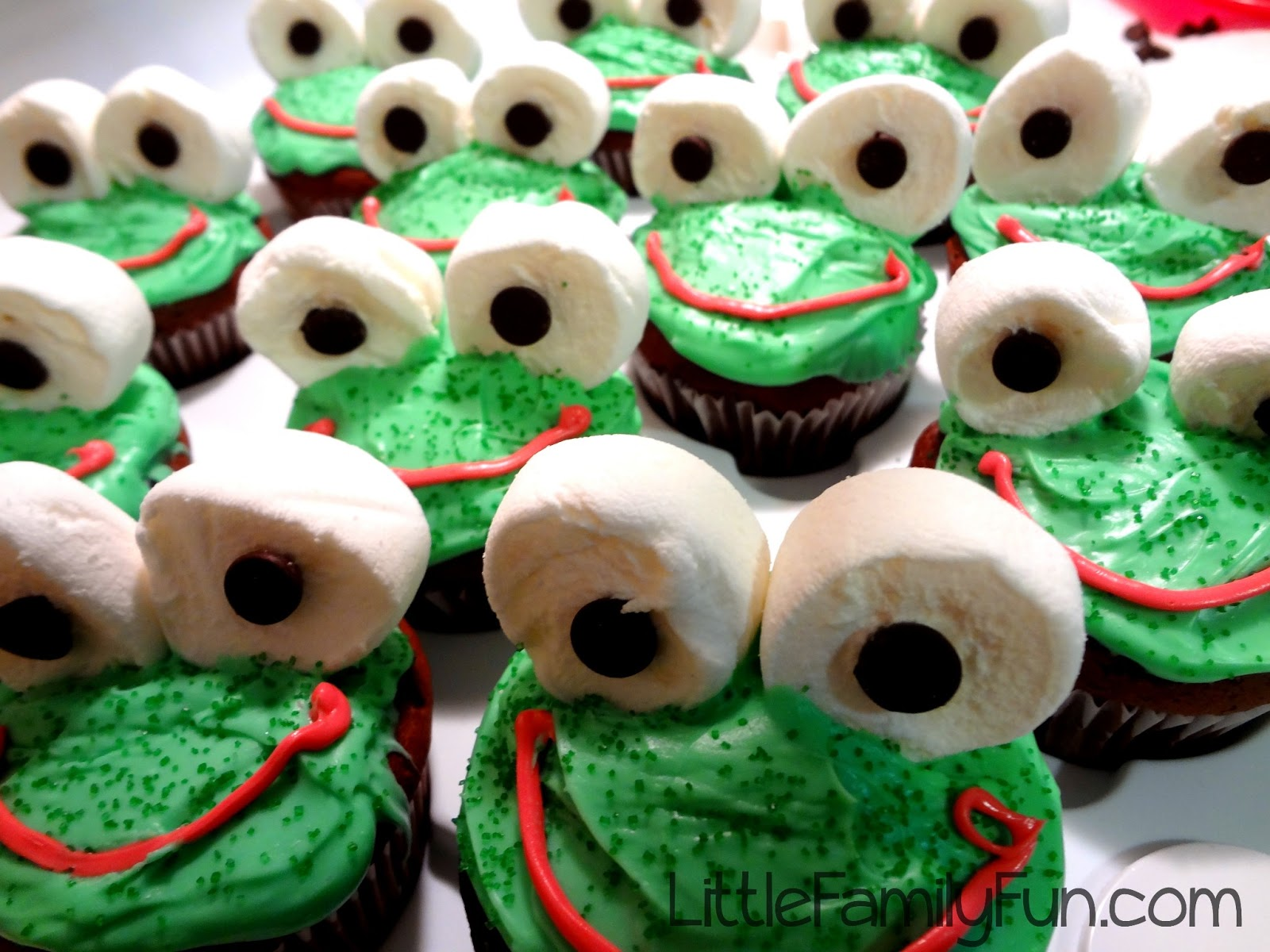 how to make frog cupcakes