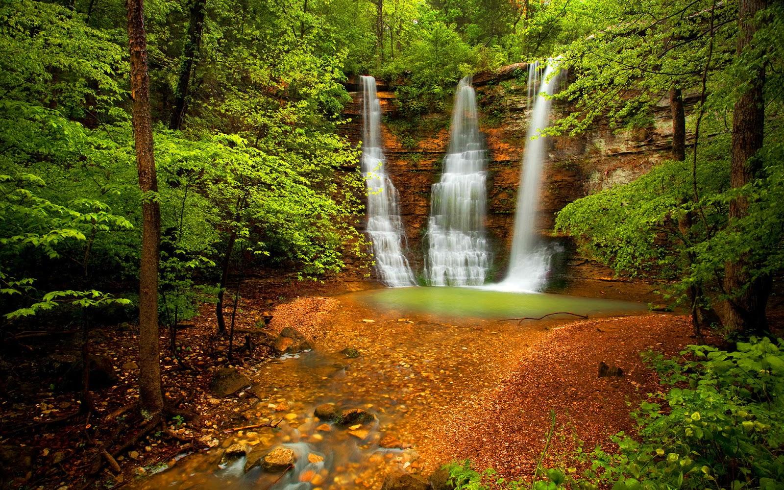 Beautiful Water Falling Wallpapers In HD