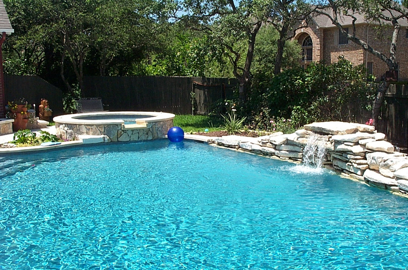 Swimming pool designs ideas wallpapers pictures for Simple backyard pools