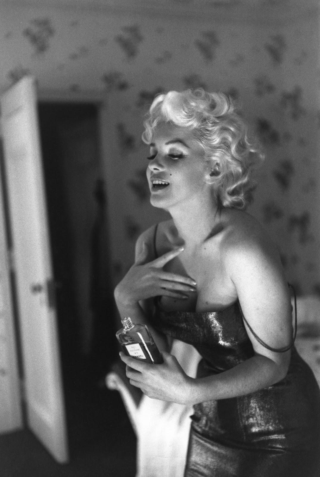 http://3.bp.blogspot.com/-6f-swzOE6pQ/TufPln_FkjI/AAAAAAAAA-I/i3b-aZeW4vE/s1600/1955+Marilyn+Monroe.jpg