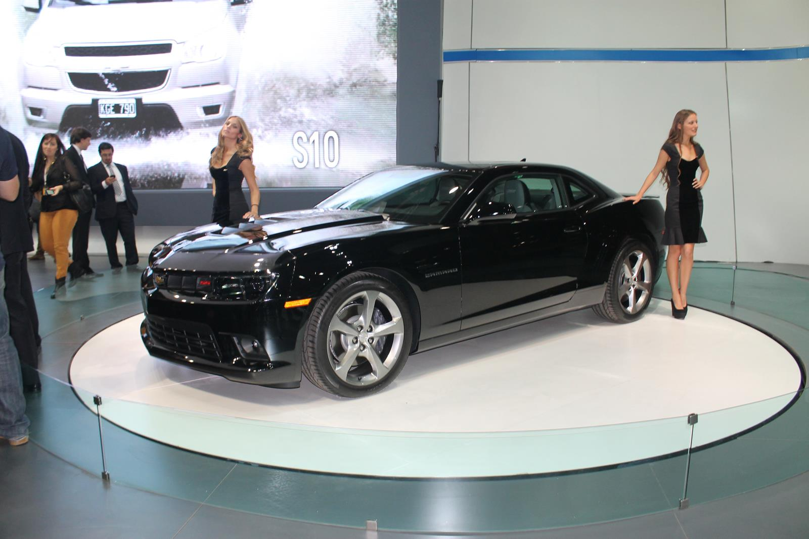 automovel Chevrolet Camaro 2014