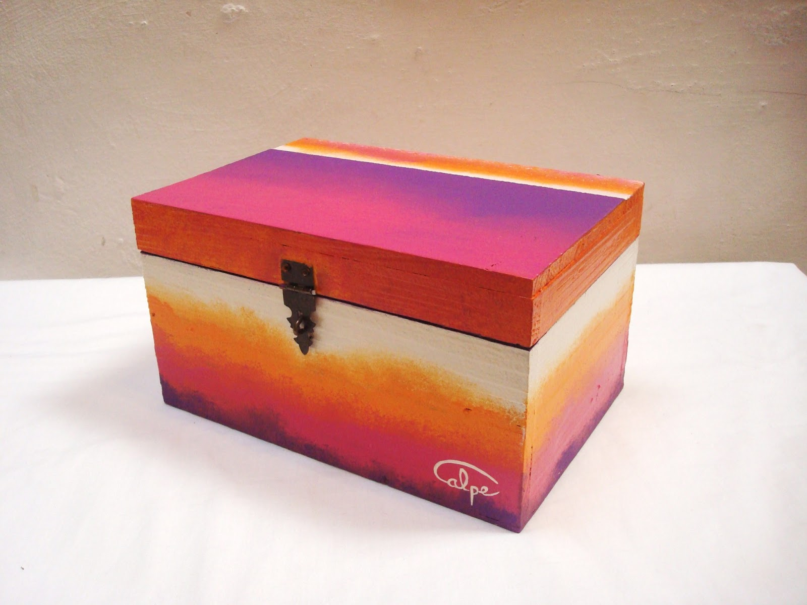 Calpearts cajas pintadas a mano - Dibujos para decorar cajas de madera ...