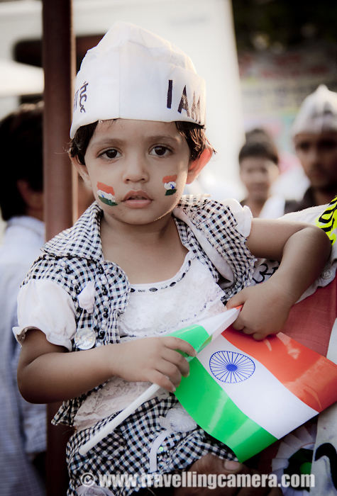 Cute follower of Anna Hazare wearing Anna Cap and joining the common voice for Jan Lokpal Bill !!!