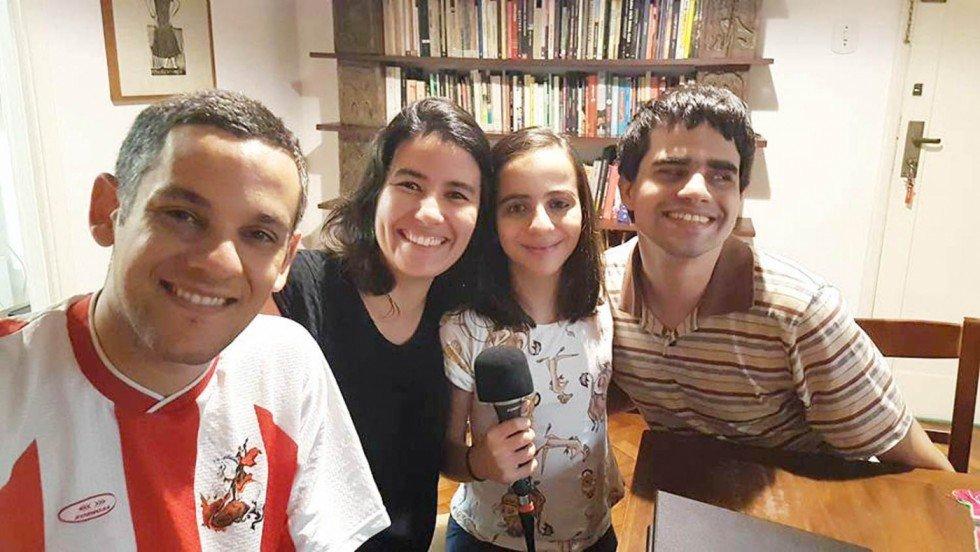 Gabriel, Mauana e a equipe mirim
