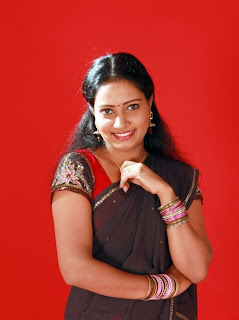 Marathi Actress in Saree Cute Pics