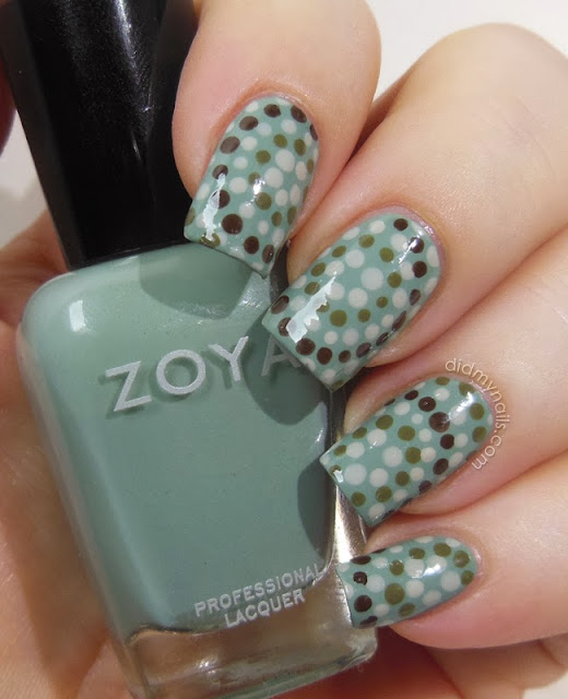 dotted mosaic nail art