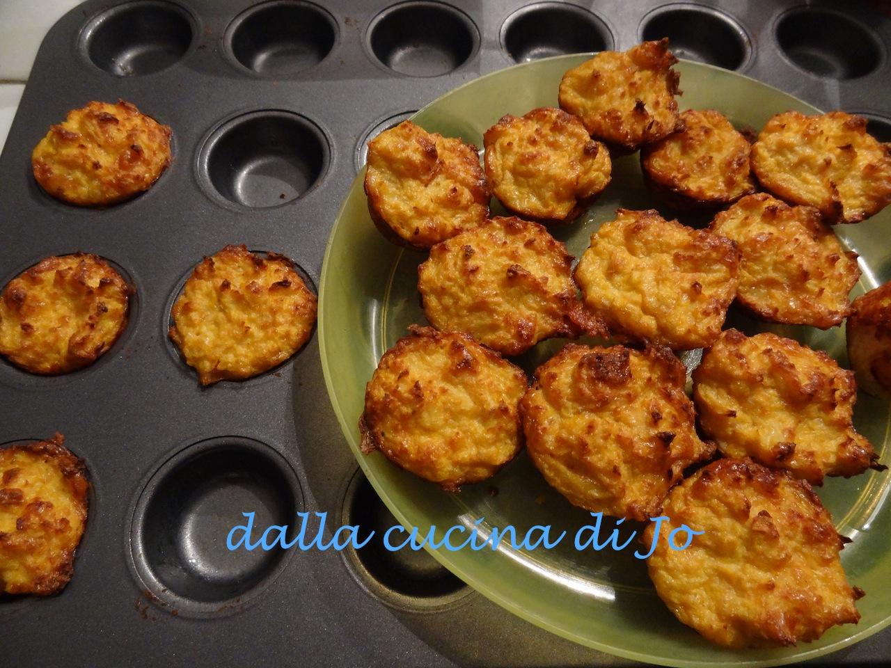 39 39 dalla cucina di jo 39 39 biscottini di cavolfiore for Enormi isole di cucina