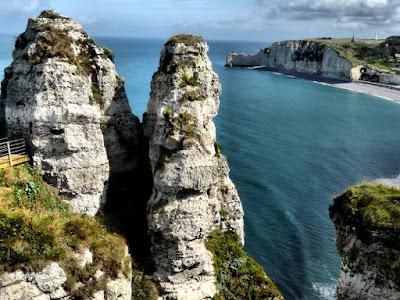 As incríveis falésias de Etretat – França