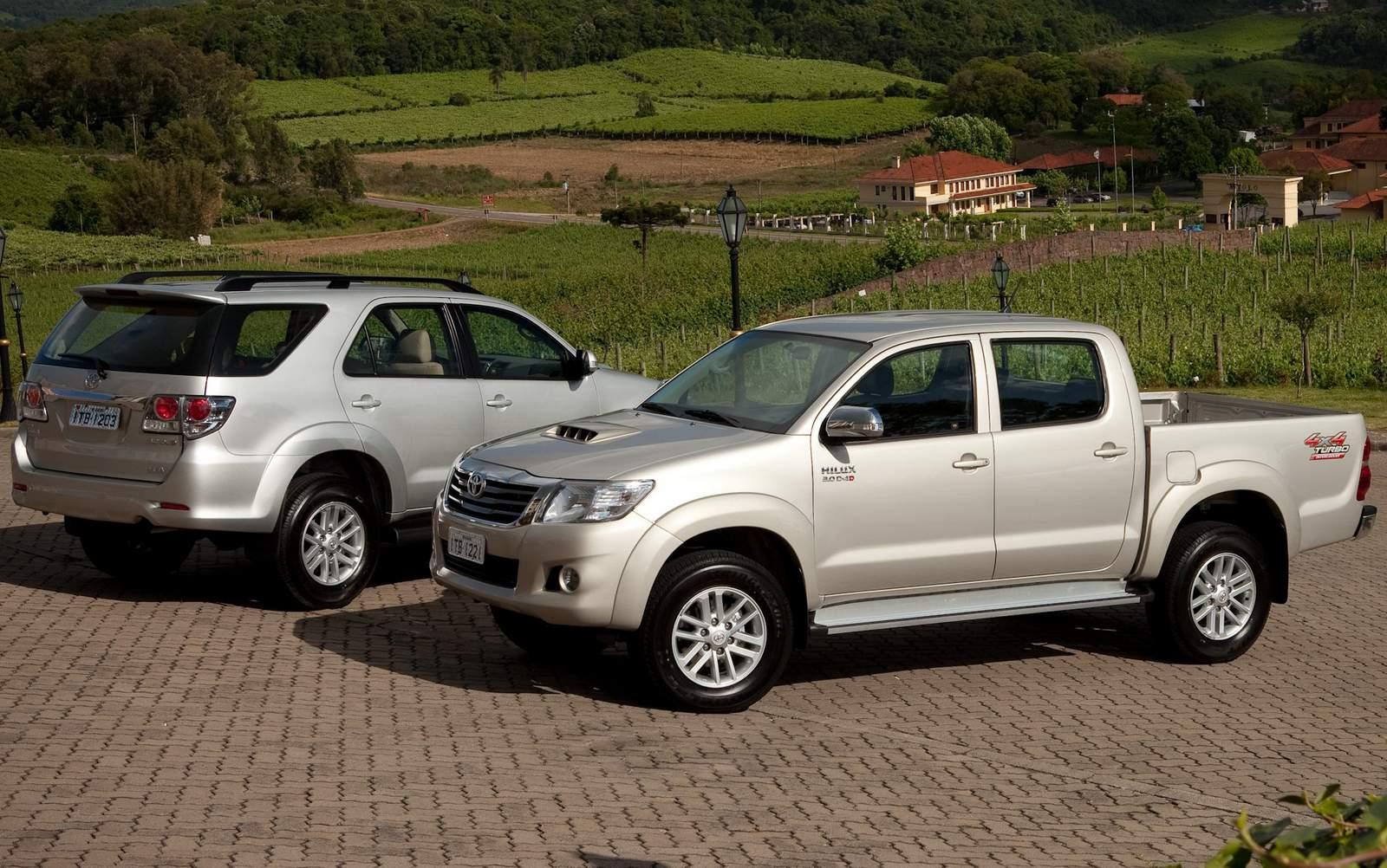 Toyota Hilux e SW4 2012 tem novo motor diesel de 171 cv