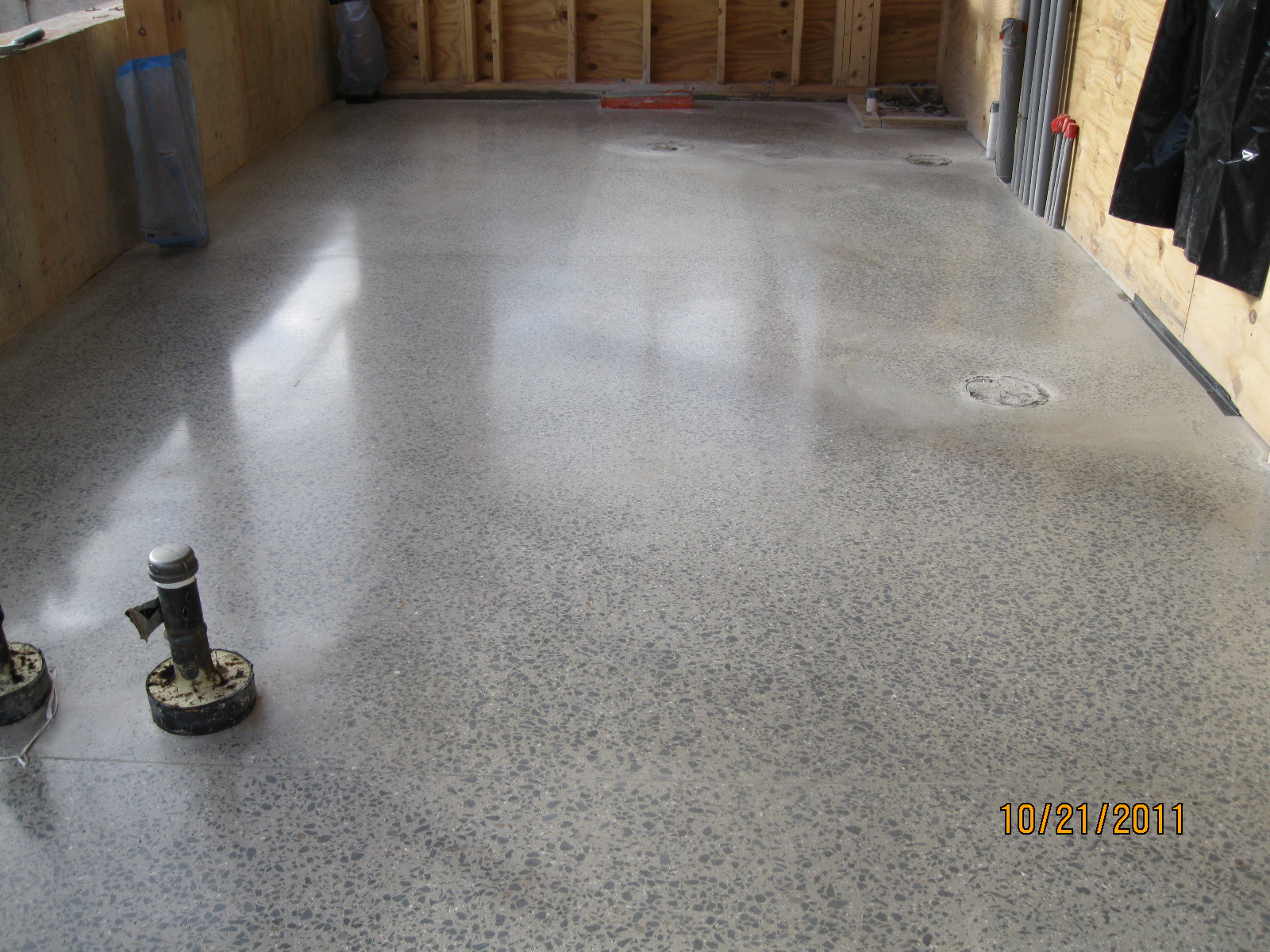 Sustainable building construction kec polished concrete for Polished concrete floors