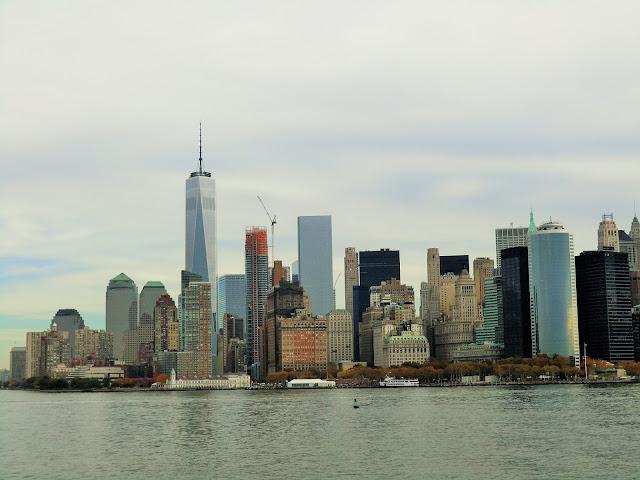 vue de la skyline de Manhattan depuis un staten island ferry