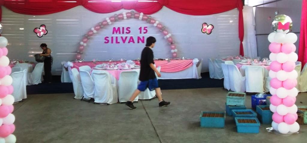 Eventos para tu beb precios decoraci n con telas for Decoracion con globos precios