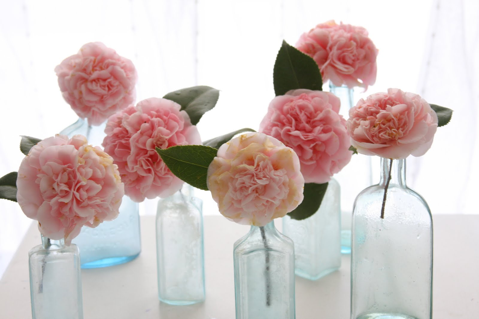 Recycled wedding decor bee 39 s events design for Recycled centerpiece ideas