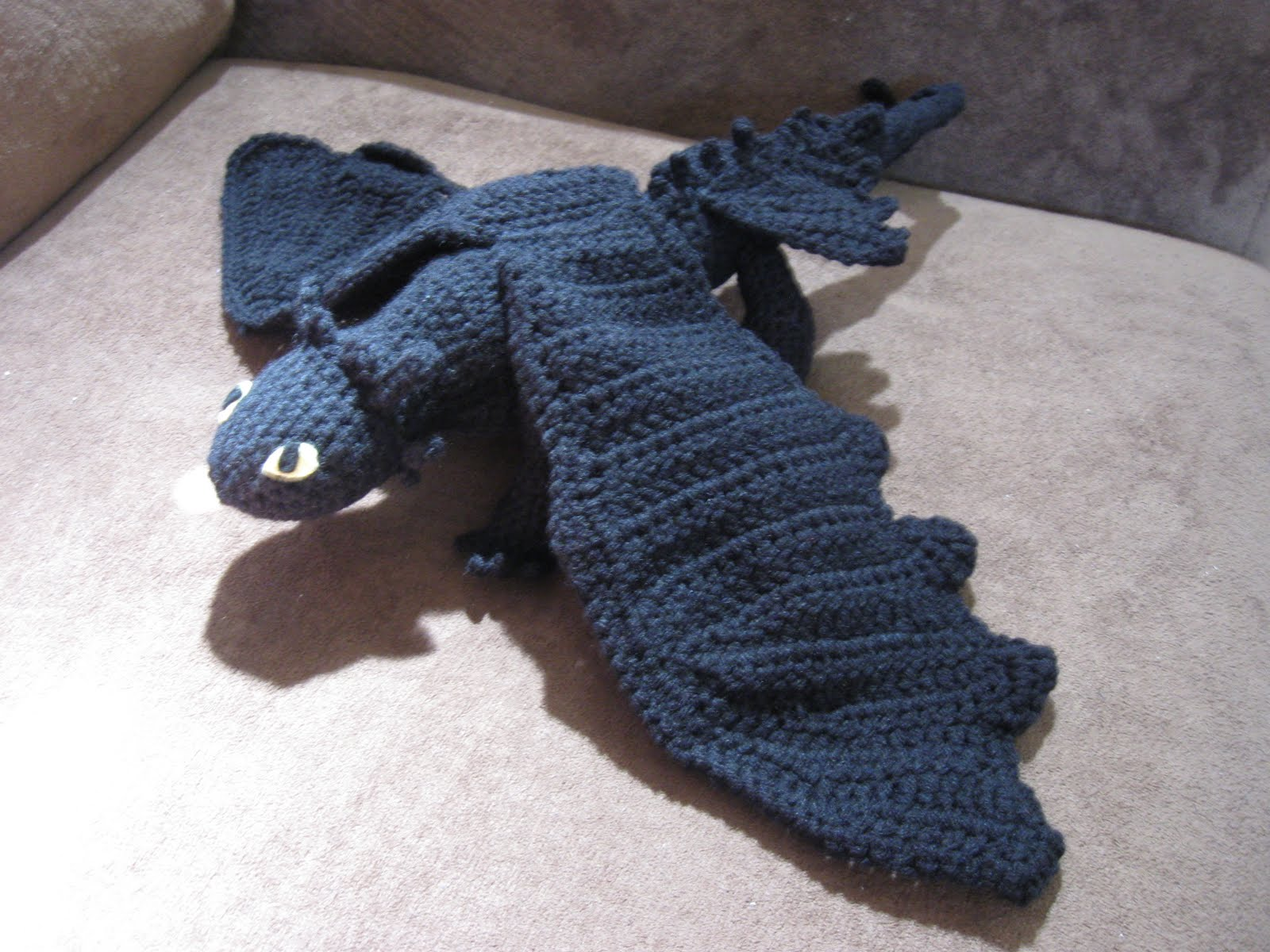 Free Crochet Pattern For Toothless The Dragon : Mostly Nerdy Crochet: Crochet Toothless II