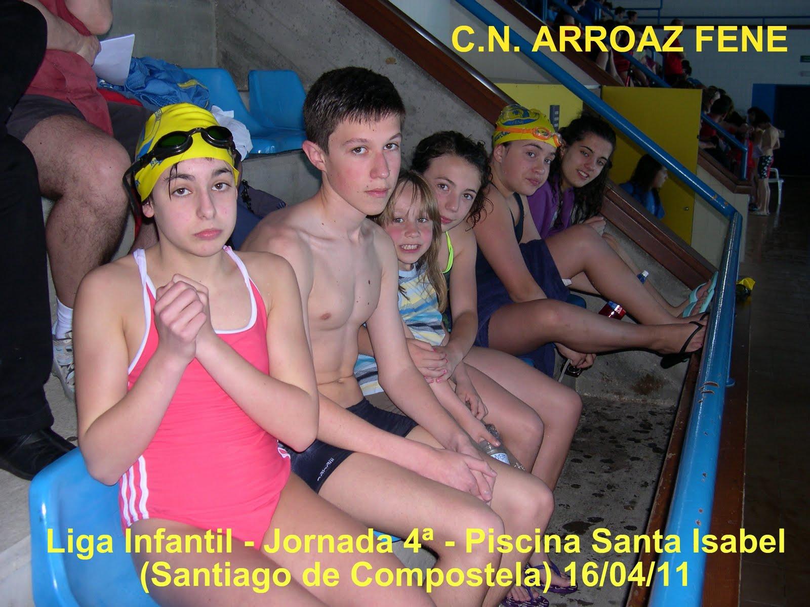 Club nataci n arroaz fene liga infantil jornada 4 for Piscina de naron