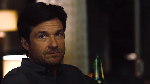 Jason Bateman plays a nice guy, as usual. Doesn't he?