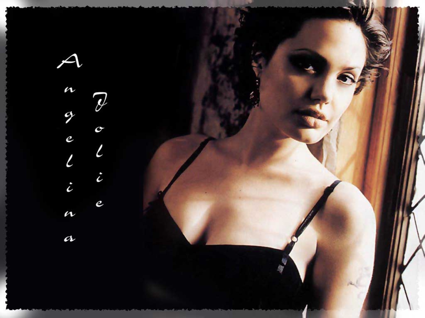http://3.bp.blogspot.com/-6hmFxlW9OQ4/Ts41yWkB4JI/AAAAAAAAE2I/SaA7s0N4f7c/s1600/Angelina_jolie_H%2BD%2B_hollywood_wallpapers_on%2B_OllyWooD.Blogspot.com.jpeg