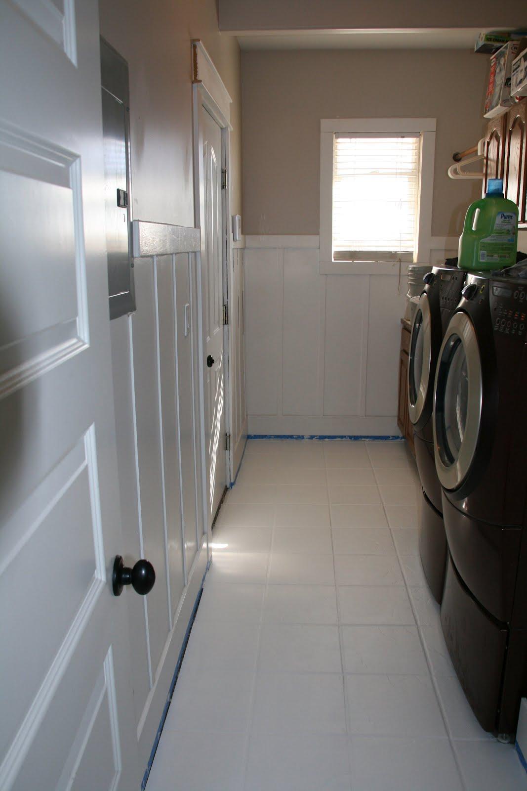 retropolitan painted floors a tutorial. Black Bedroom Furniture Sets. Home Design Ideas