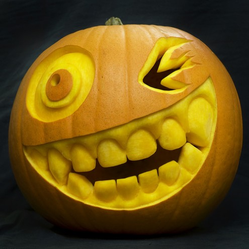 hallowen pumpkins carving smileface