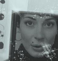 Valentina, bueno!..maquillada ,en Blanco-Negro(Cyan) y con destellitos..
