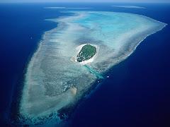 Aerial Of Heron Island, Great Barrier Reef Marine Park, Queensland, Australia