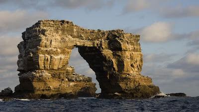 (Ecuador) - Galapagos Islands - Darwin Arch Darwin