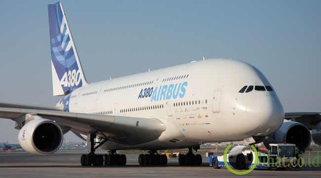 Airbus A380: Pesawat Penumpang Terbesar