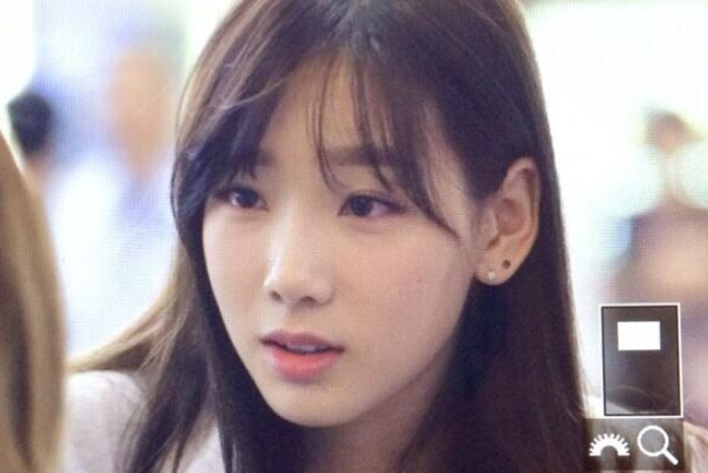 taeyeon apologize to fans for dating baekhyun Baekhyun and taeyeon continue to have that pissed off insane fans, and taeyeon participating in the ost taeyeon and baekhyun (probably) are still dating.