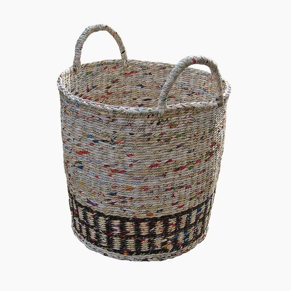 kosz z recyklingu