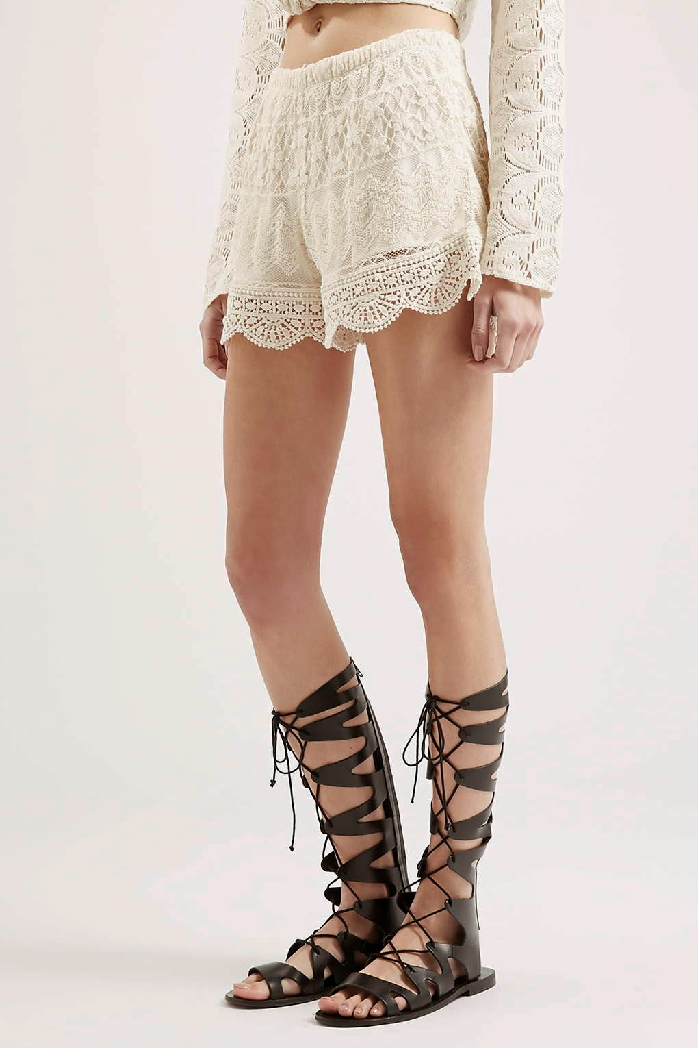 band of gypsies lace shorts, band of gypsies cream shorts,