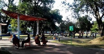 fasilitas di alun-alun kota malang