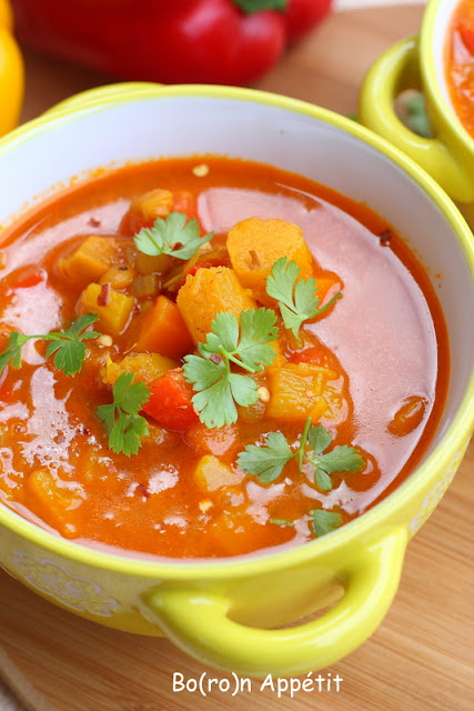 Dyniowa zupa z soczewicą