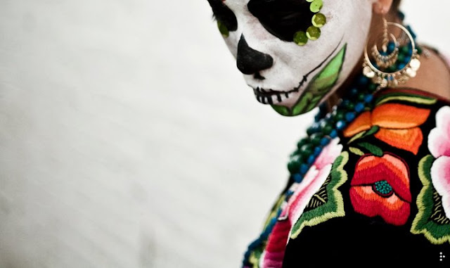 Dia De Los Muertos: The photography of Raoul Ortega