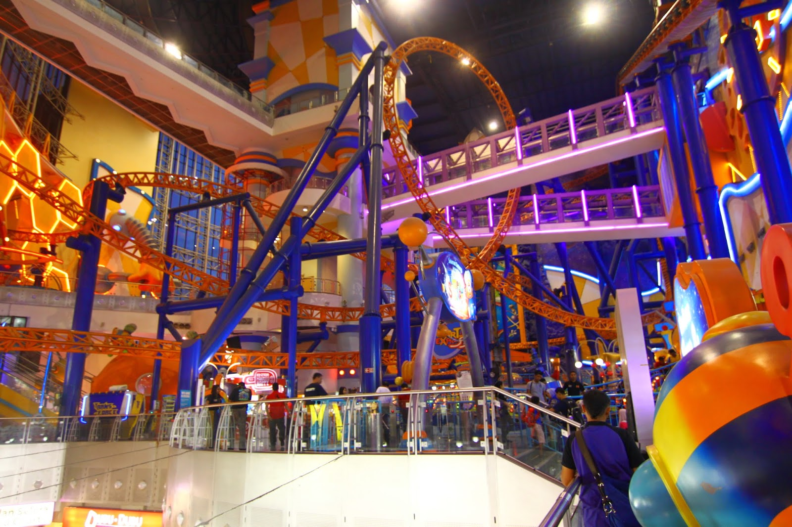 Roller coaster di Berjaya Times Square