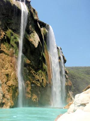 Cascada de Tamul en San Luis Potosí, México