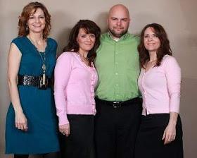 hot news, Kisah Unik Satu Pria Dengan Tiga Istri Kembar
