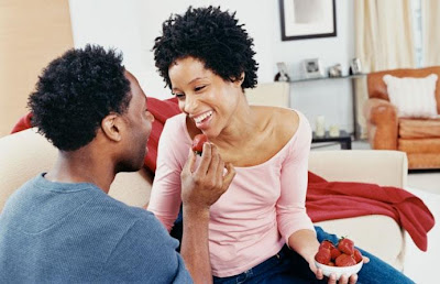 Resolutions To Save Your Relationship - man feeding woman - romantic couples