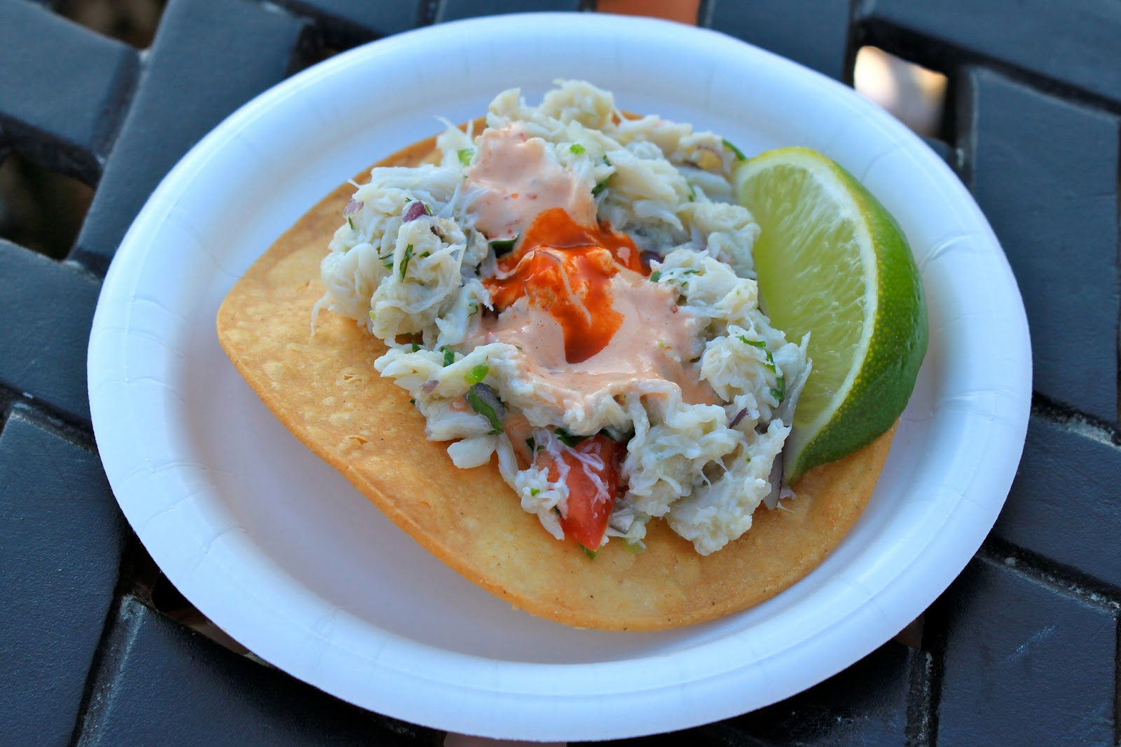 Tostada de Jaiba (Crab tostada served with Chipotle Mayonnaise and ...