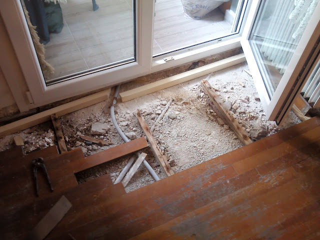 Παρκέ διαρκείας και επισκευή σε ξύλινα πατώματα