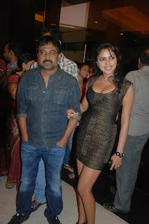 Amala Paul  Pictures Vettai Premier Show (9).Blogspot