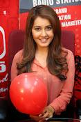 Raashi khanna latest glamorous stills-thumbnail-16