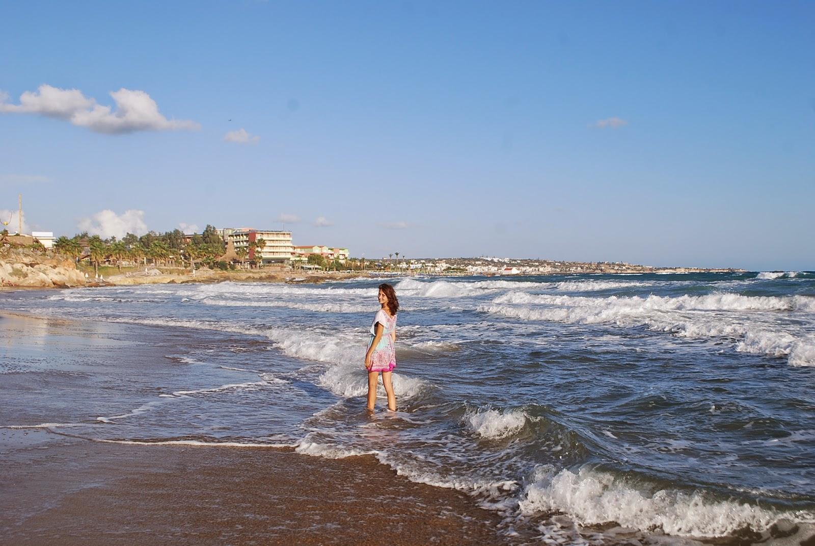 Meltemi beach, Chersonisos (Hersonissos), Crete, Greece. Пляж Мелтеми, Херсонисос, Крит, Греция.