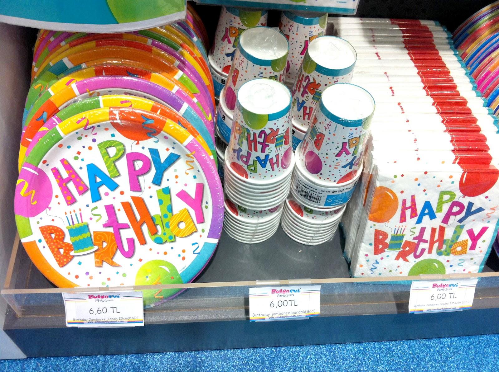 Doğum günü parti konsepti ve süslemeleri balonevi