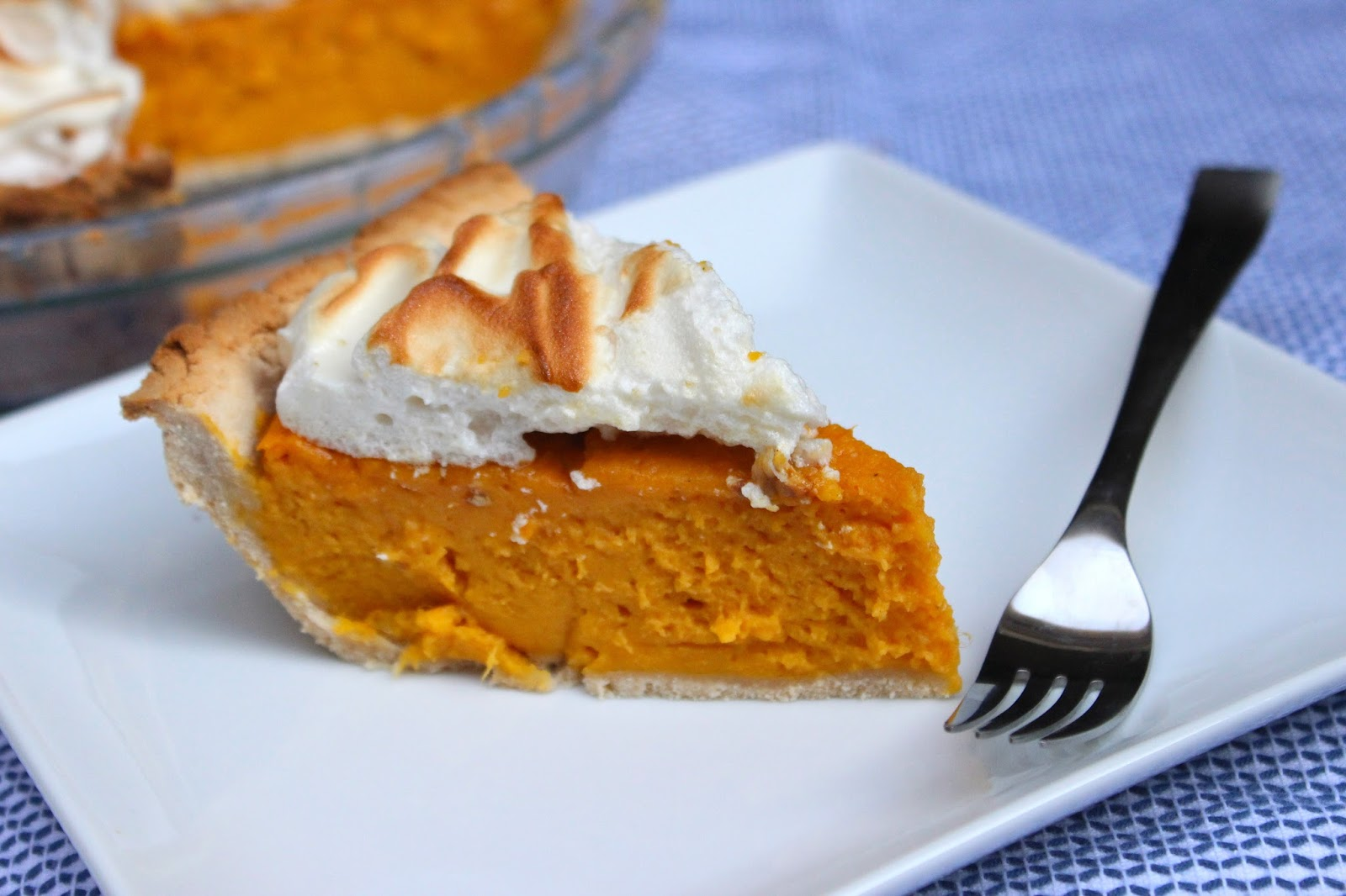 CupcakesOMG!: Paleo Sweet Potato Meringue Pie