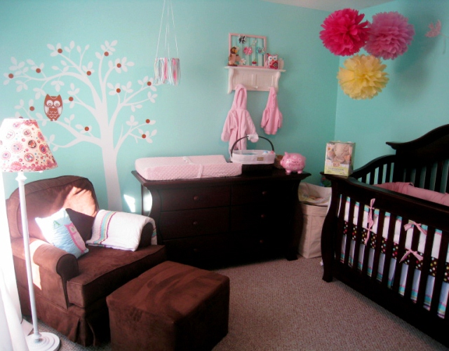 colors to paint a baby girl nursery